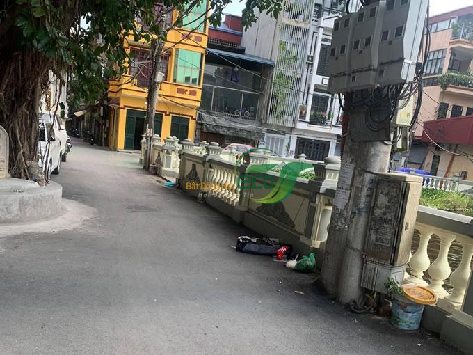 Bán nhà 3 tầng Nguyễn Đình Hoàn
