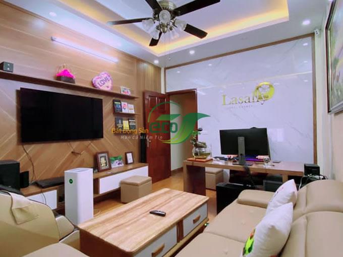 sieu-pham-nha-pho-khuong-dinh-3.jpg