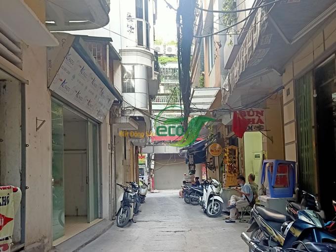 nha-pho-khuong-trung-thiet-ke-sieu-dep5.jpg